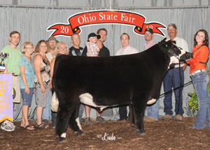 12-res-grand-cham-market-steer-ohio-state-grand-champ-ohio-beef-expo-mackenzie-fruchey