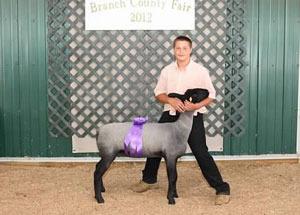 12-supreme-champion-ewe-branch-county-fair-quentin-blonde