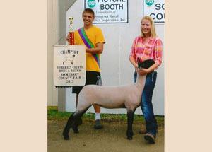 13-champion-born-and-raised-market-lamb-somerset-county-megan-brown
