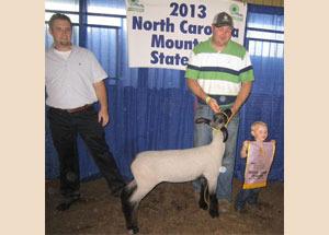 13-champion-hampshire-ewe-north-carolina-moutain-fair-zade-jennings