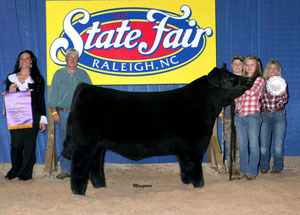 13-champion-north-carolina-born-and-raised-steer-north-carolina-state-fair-katy-gibson