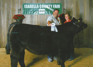 13-grand-champion-market-steer-isabella-county-fair-ellie-johnson