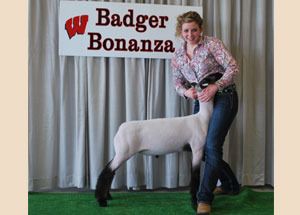 13-reserve-champion-crossbred-market-lamb-badger-bonanza-mckenna-kent