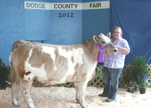 2012-grand-champion-market-steer-dodge-county-fair-emily-brual