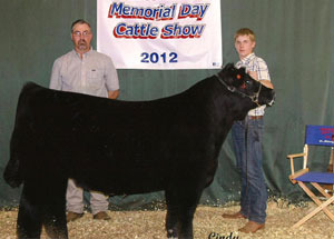 2012-grand-champion–market-steer-james-flach-memorial-day-show-jordan–breedlove