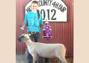 2012-supreme-champion-ewe-brown-county-fair-maddy-fields