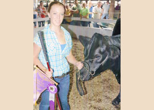 2012-supreme-champion-heifer-jefferson-county-fair-hope-wehner