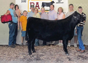 2012-supreme-champion-heifer-pennsylvania-angus-breeders-jr-and-open-show-billy-bowers