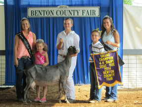 14-Grand-Champion-Dairy-Goat-Doe-Benton-County-Fair-Mercedes-Brunton
