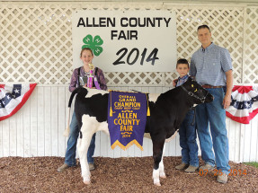 14-Grand-Champion-Feeder-Calf-Allen-County-4H-Fair-Dakota-Hitzemann