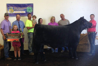 15-grandsteer-richlandcountyfair-kaylinstuder