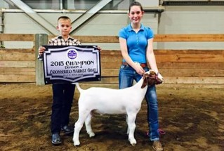 15-GrandChampionMarketGoat-CalhounCountyFair-SydneyKlingaman