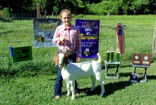 15-GrandChampionMarketGoat-LawrenceCounty4HFair-RileyGreentree