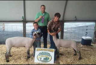 16-grandchampmarketlamb-bathcountyagfair-carsonblevins