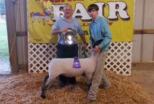 16-grandchampion-woodfordcountyfair-tylerhartley